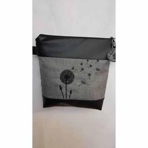 Handtasche Pusteblume grau Umhängetasche Dandelion grau schwarz Tasche mit Anhänger Kunstleder