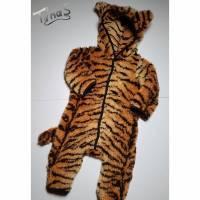 """Tiger """"Theo"""" Kostüm Overall in Gr. 80/86 Fasching Karneval aus sehr dickem Teddyplüsch Bild 1"""