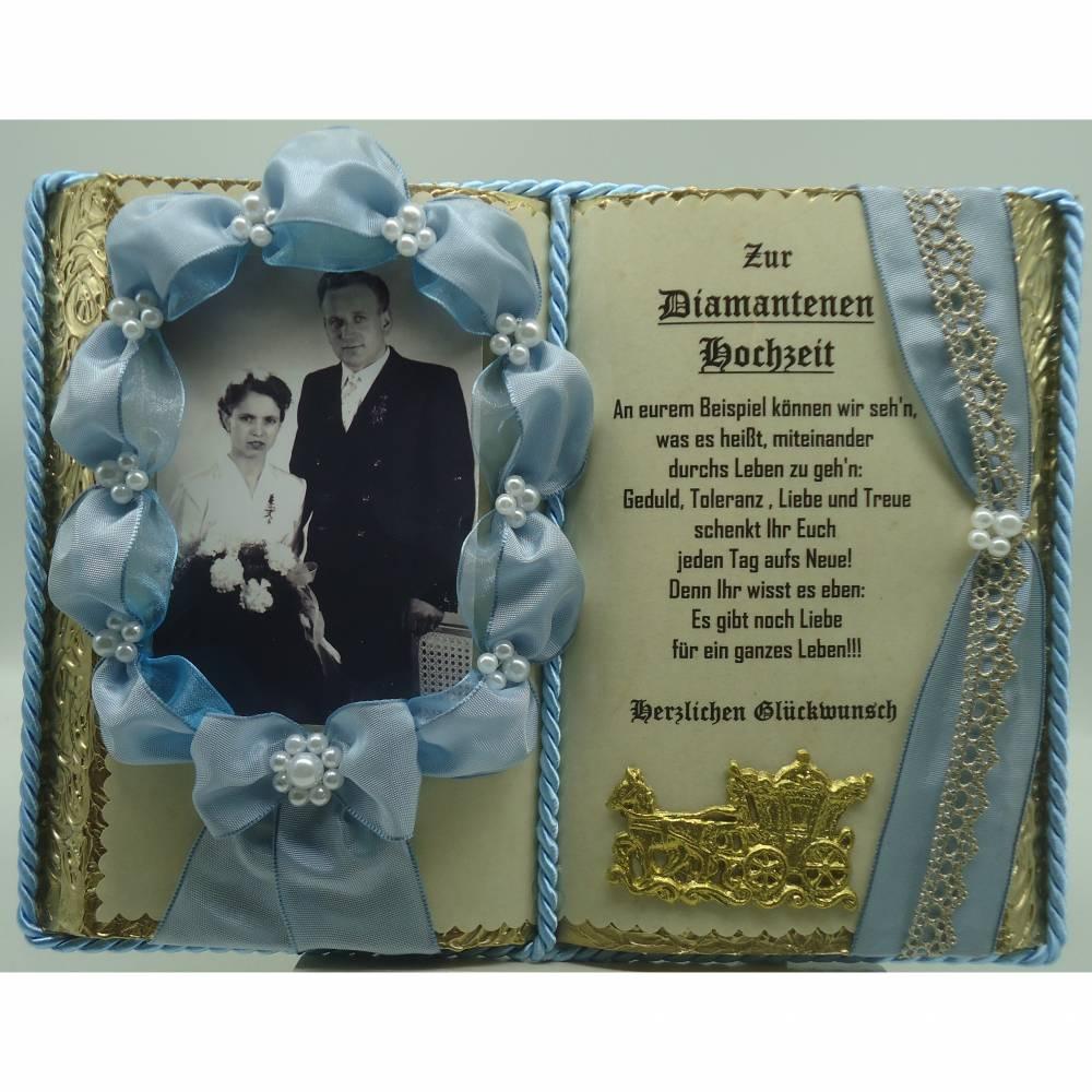 blaues deko-buch zur diamantenen hochzeit für foto (mit holz-buchständer)
