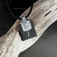 Kettenanhänger schwarze Keramik gefasst in Silber  Bild 2
