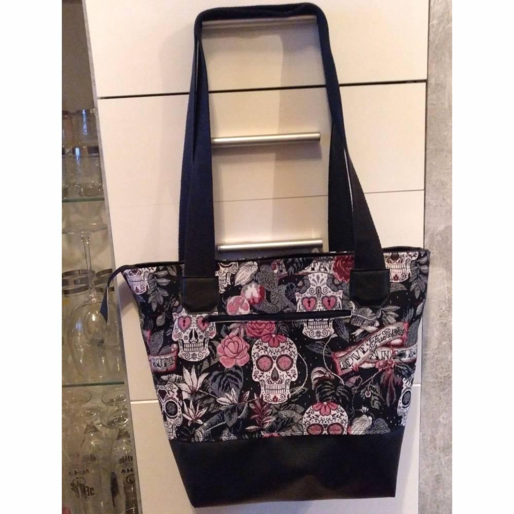 große Tasche, Shopper, Umhängetasche, Handtasche, Totenköpfe, Skulls Bild 1