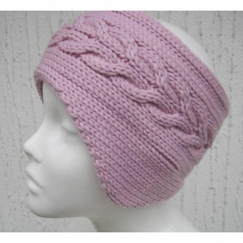 Gestricktes Stirnband mit Ohrenschützern in Rosa mit Zopfmuster aus 100 %Wolle (Merinowolle)