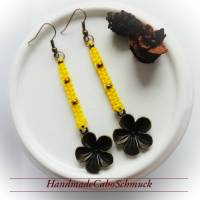 Makramee Makrame Ohrringe Ohrhänger gelb bronze filigran Perlen große Blume Bild 1