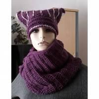 Handgestricktes Winteroutfit für Frauen / XXL - Loop und Katzenbeanie in Aubergine / Unikat Bild 1