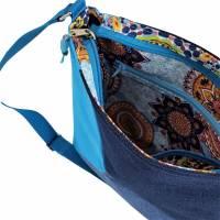 """handgefertigte Jeanstasche """" Tabby """" - eine farbenfrohe, einzigartige Handtasche die aus Upcycling entstanden is Bild 6"""