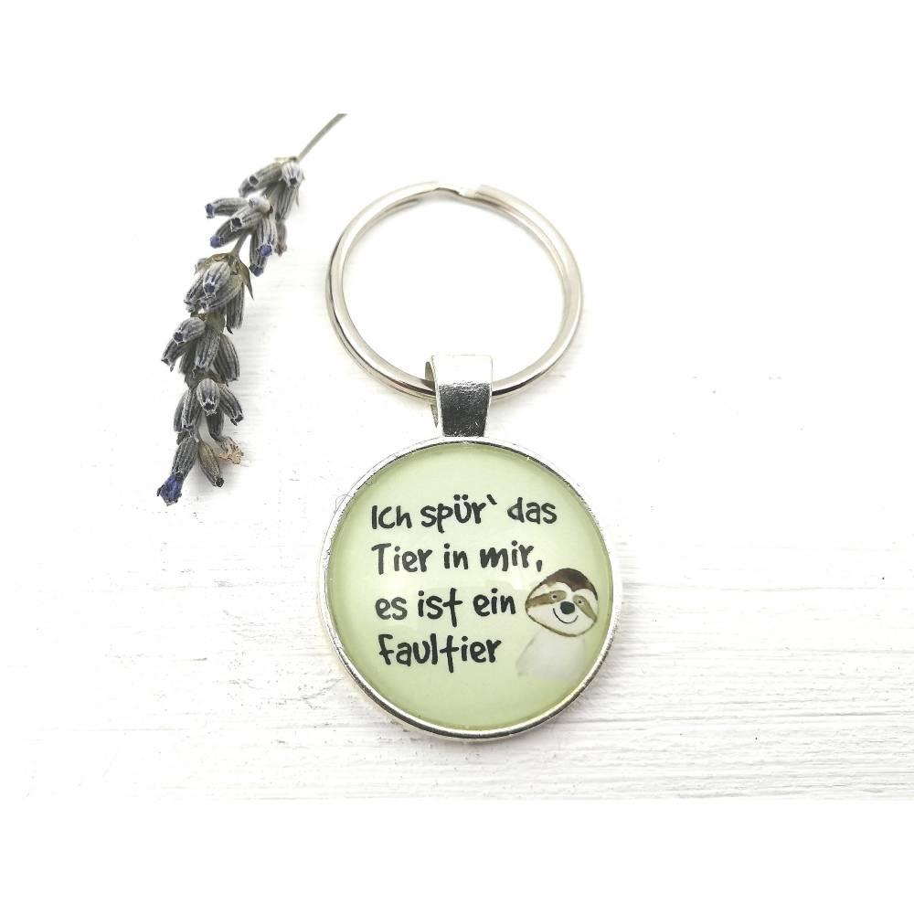 Schlüsselanhänger mit Faultier-Motiv und lustigem Spruch Bild 1