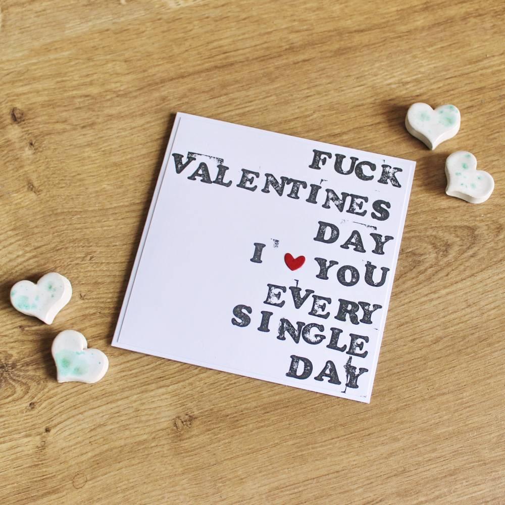 """Grußkarte """"Fuck Valentinesday"""" aus der Manufaktur Karla Bild 1"""