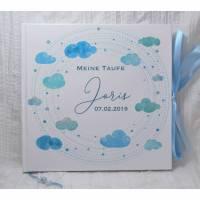 Gästebuch zur Taufe personalisiert mit Name für Jungen mit Wolken in Hellblau, ideal als Taufgeschenk Bild 1