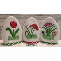 """3x  """"  Eierwärmer für den Frühstückstisch - florale Motive  """"  ITH / Stickdatei - 99,3 x 97,4  -  div. Formate Bild 1"""