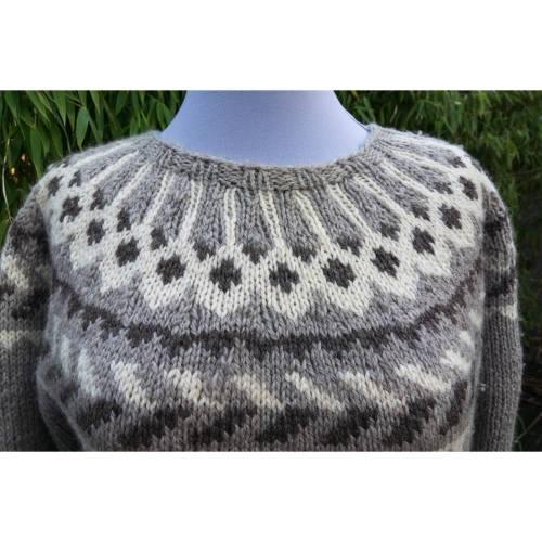 Island Pullover, Rundpasse, Wolle, braun/beige Töne, mit Rundpasse, handgestrickt und getragen, Noweger, Vintage