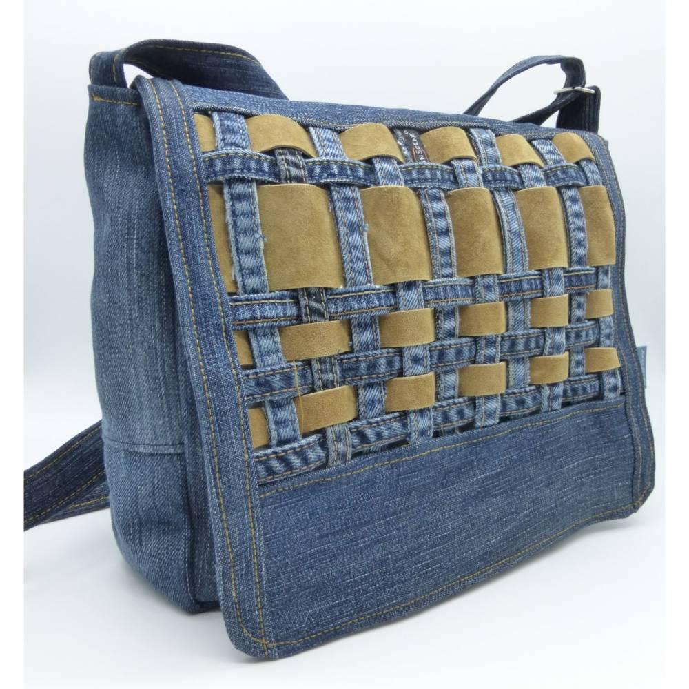 Jeans Messenger mit Lederstreifen Bild 1