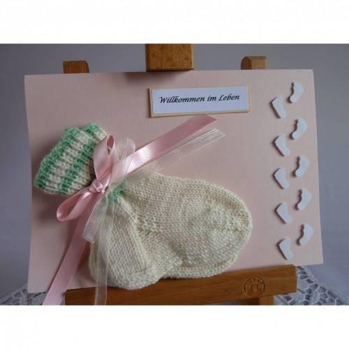 Glückwunschkarte/Geldgeschenkkarte zur Geburt/Taufe mit Söckchen für ein Mädchen