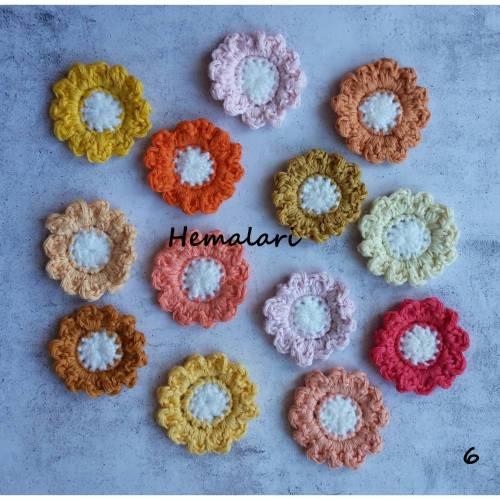 13 bunte Häkelblumen Häkelblüten * zum Dekorieren * als Streudeko * zum Aufnähen