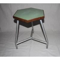 sechseckiger Vintage Hocker Industie Resopal Metall Bild 1