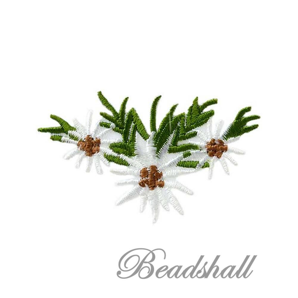 Bügelbild Edelweiss Aufnäher mit 3 Blüten Trachtenmotiv Blumengesteck Bild 1