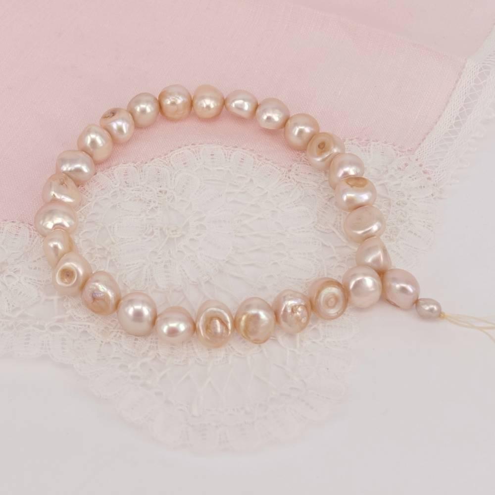 Elastisches Perlenarmband auf Gummi, Vintage Bild 1