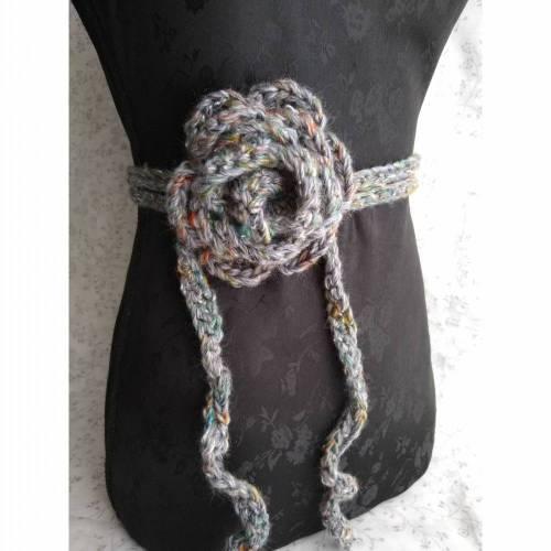 Rosengürtel / Taillenband aus Tweedwolle mit Seide, grau & bunt
