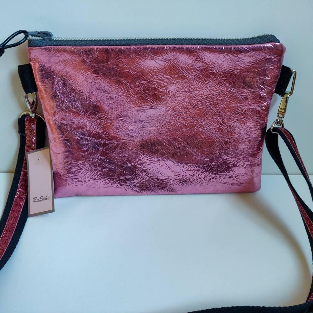 Crossbag Umhängetasche in metallic pink Bild 1