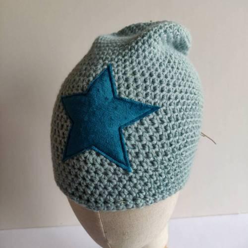 Warme Winter Alpaka Woll Mütze in babyblau mit Stern