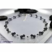Luftig, filigrane Kette grau / dunkelgrau, Perlen und Bicone, Halskette auf Wunschlänge Bild 1
