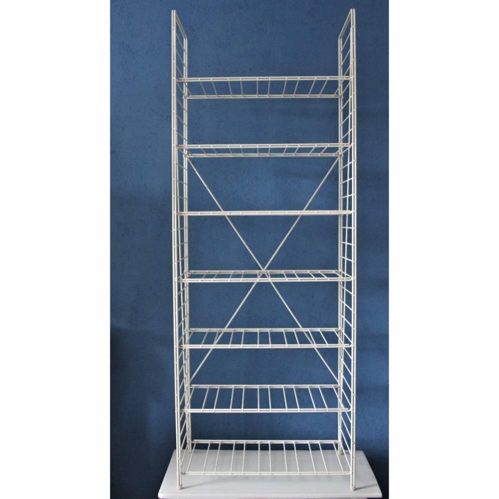 hohes String Regal mit 13 Böden weißes Metall Bild 1