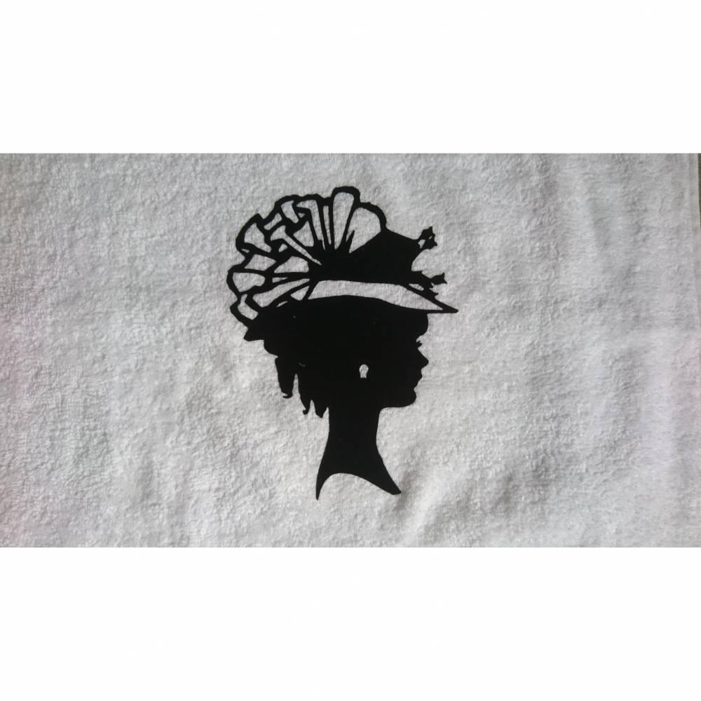 Handtuch mit Wunschnamen  Taufgeschenk Geburtstagsgeschenk Bild 1