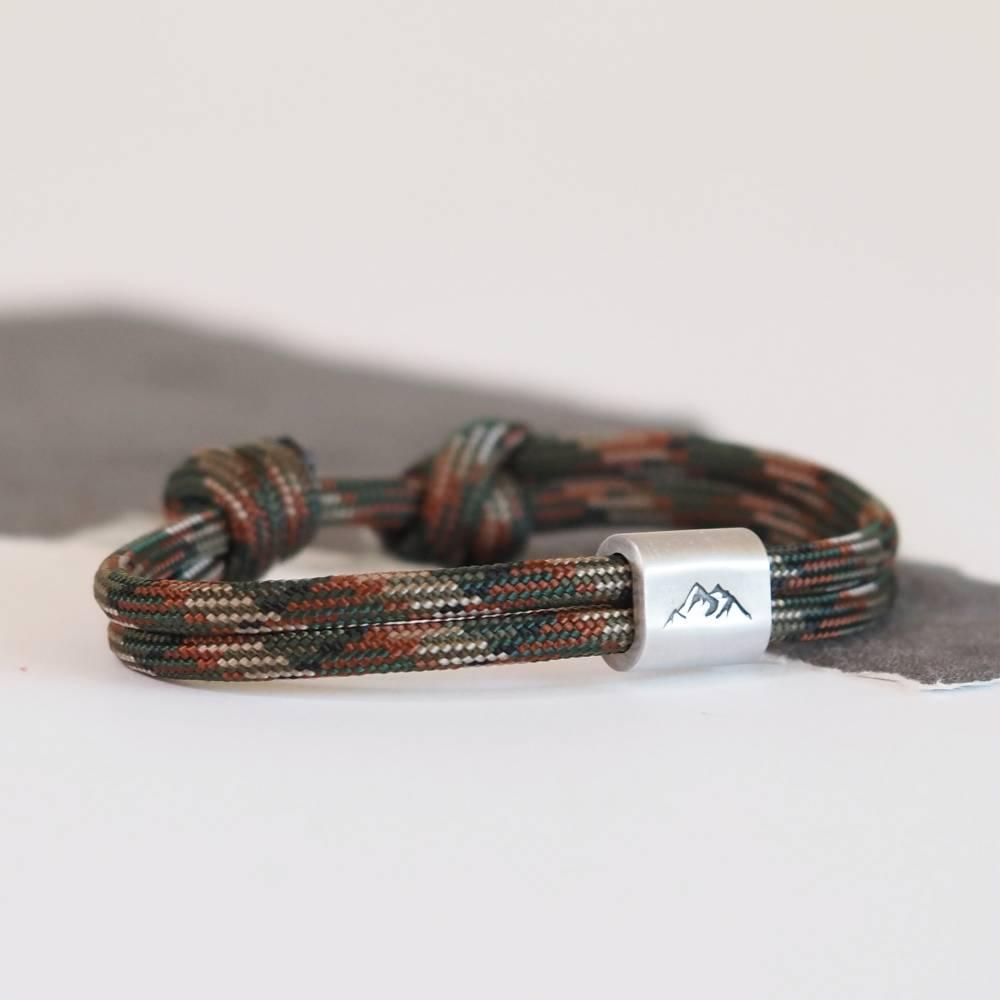 Personalisiertes Armband aus Segeltau handgestempelt | Berg | Bergsteiger | Bild 1