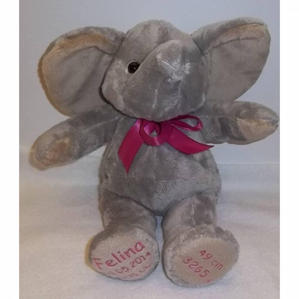 süßer Elefant mit bestickten Pfoten Bild 1