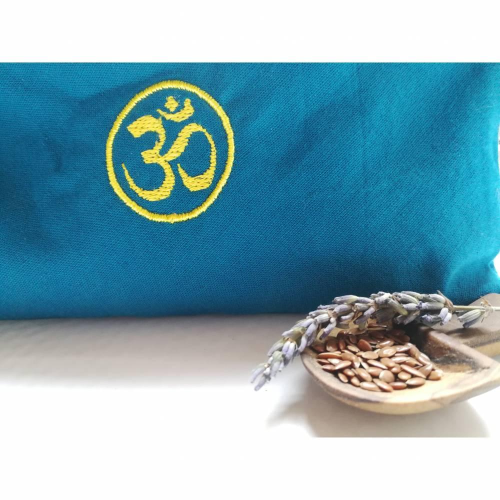 """Yoga Augenkissen mit wunderschöner Stickerei """"OM"""" in gold Bild 1"""
