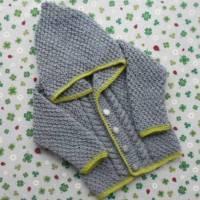 Strickjacke mit Kapuze ab Größe 50/56 bis Größe 98/104 Trachtenjacke mit Zopfmuster Kinderkleidung Babykleidung Taufe Geburt Geschenk Bild 1