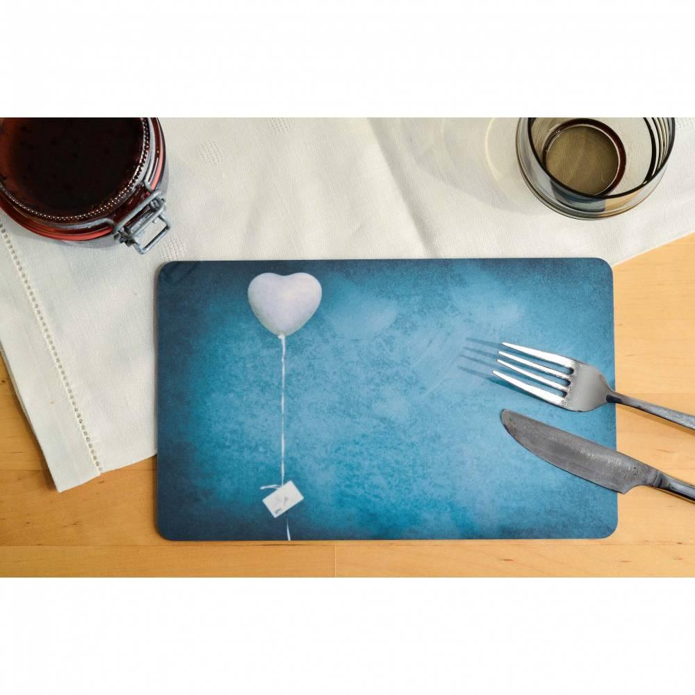Frühstücksbrettchen Herz Luftballon Fotografie Brettchen aus Melamin, spülmaschinenfest, Schneidebrett 14 x 23 cm Bild 1