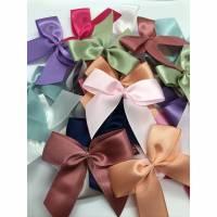 Schleifen, 24 Stück, 65mm, Tüddel, Mix, Bunte Farben, Lila, Blau, Pink, Mint... zum annähen Bild 1