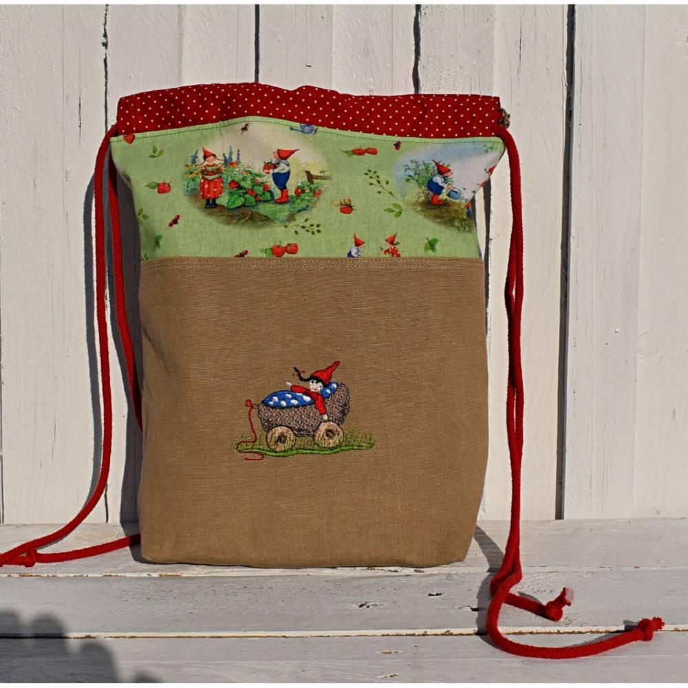 Stoffbeutel - Projekttasche - Geschenkebeutel - Aufbewahrung, Wichtelmotiv, bestickt  Bild 1