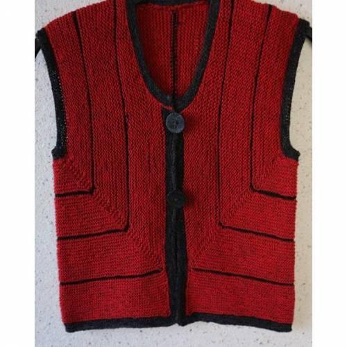 Rot-schwarze Strickweste für Damen Größe 36/38