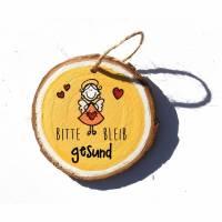 Glücksbringer Mutmacher Schutzengel STEHEND oder FLIEGEND auf kleiner Holzscheibe Wunschfarbe Wunschtext Bild 1