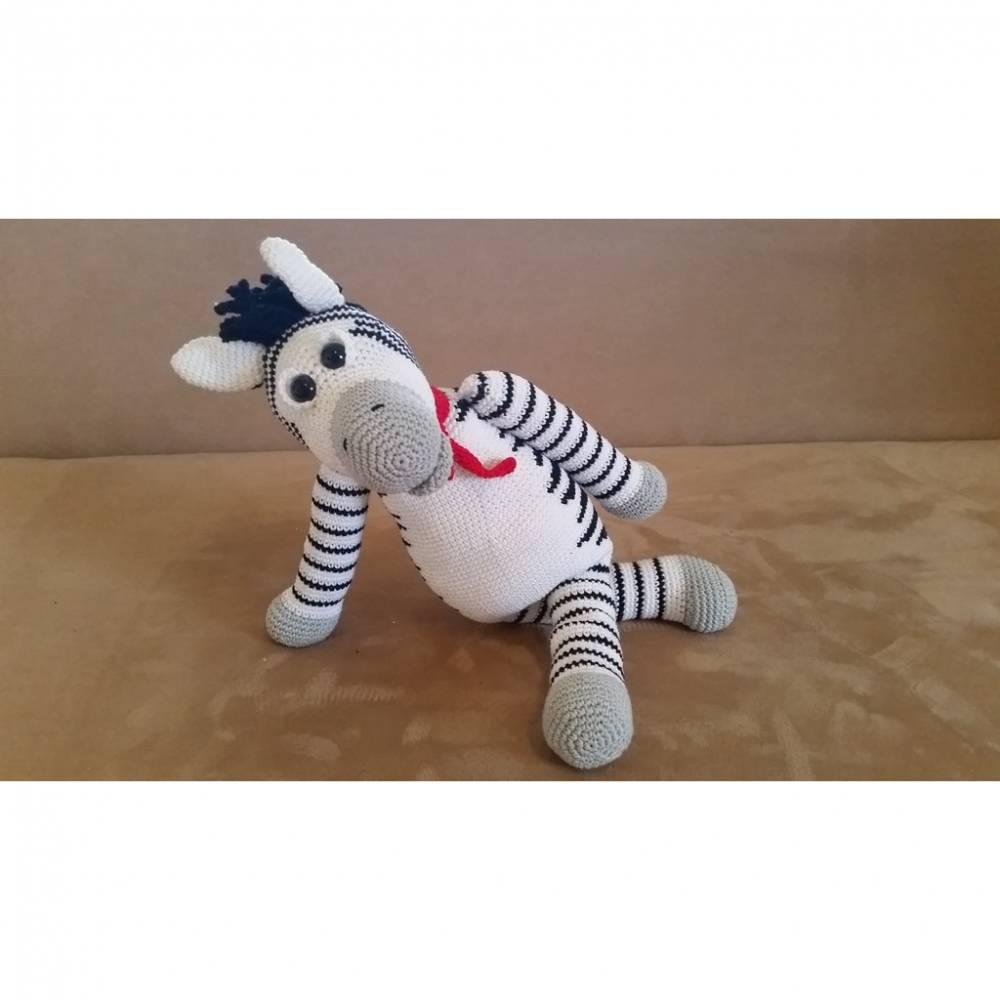 Häkelanleitung - Zacharias Zebra Bild 1