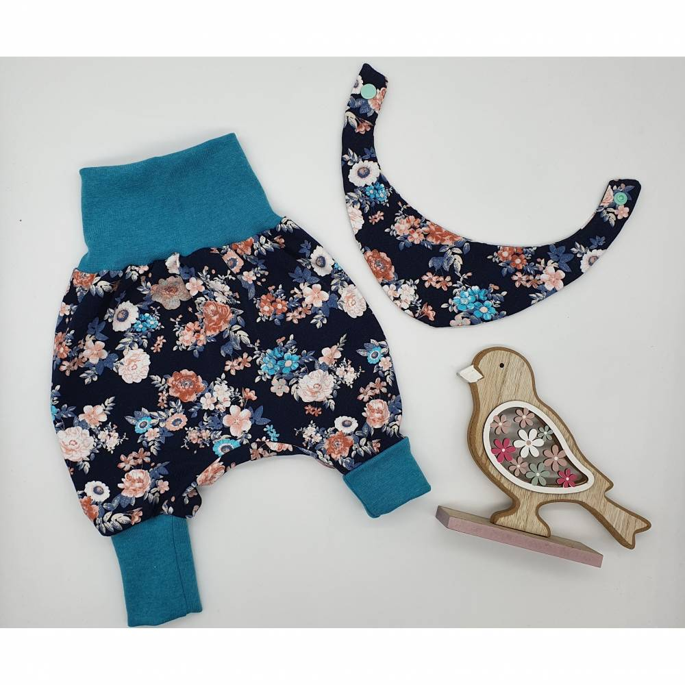 Set Babypumphose Gr. 50-62 & Halstuch Vintage Rosen Bild 1