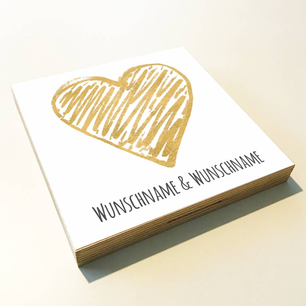 "Holzbild ""Goldenes Herz"" personalisiert Geschenk Namen Holzschild, 15x15 cm aufhängen o. hinstellen Geburt Hochzeit Dankeschön Wandbild Bild 1"
