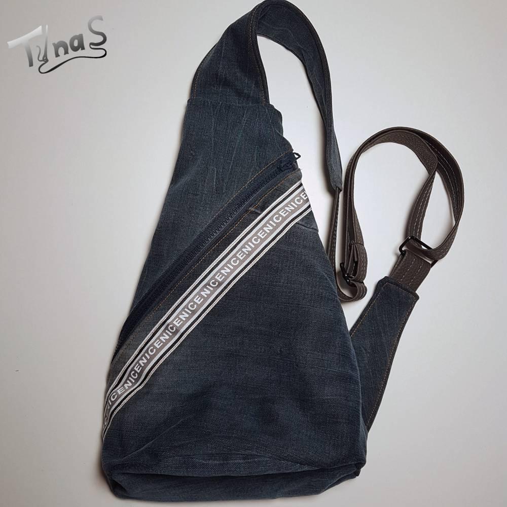 Crossbag aus Jeans Upcycling Bild 1