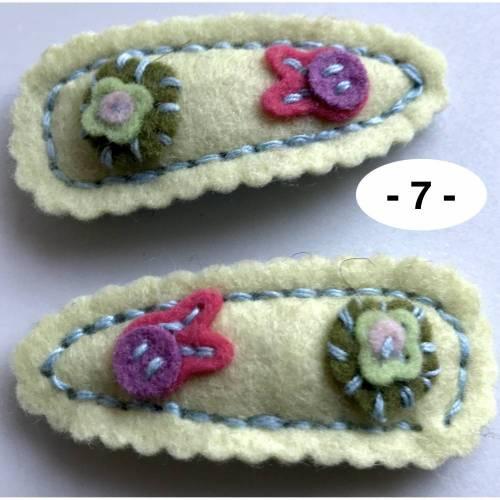 1 Paar dekorierte Haarclips - so richtig süß mit Blüten aus feinem Wollfilz  (Auswahl 3)