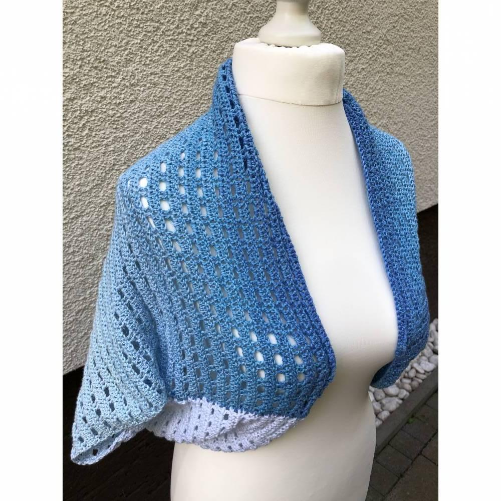 wunderschöner Seelenwärmer in tollen blauen Farben, Größe 36/38 Bild 1