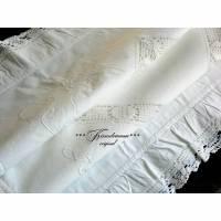 2 Vintage Paradekissen, Kopfkissen, Weißwäsche, handbestickt und mit viel Spitze versehen. Bild 1