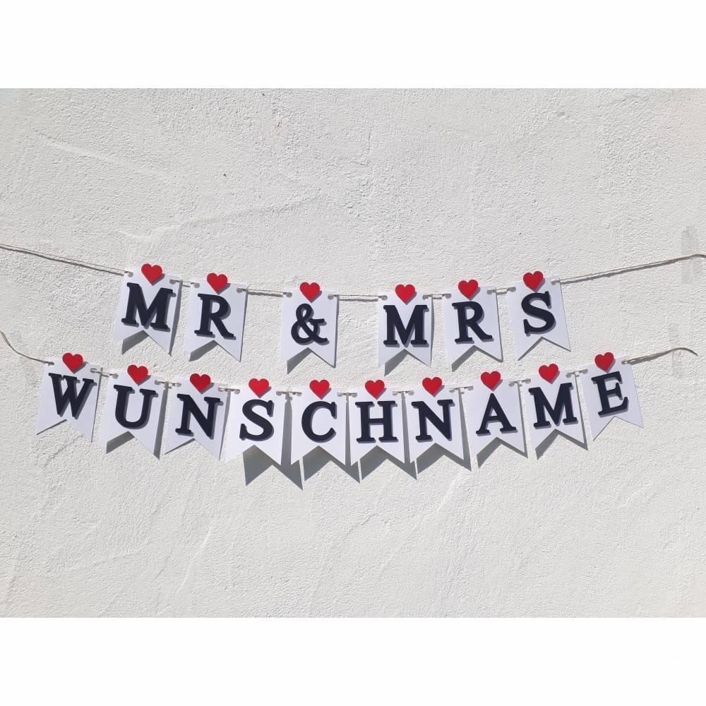 Mr & Mrs Girlande zur Hochzeit auf Wunsch personalisiert mit Wunschnamen Wimpelkette mit Namen Bild 1