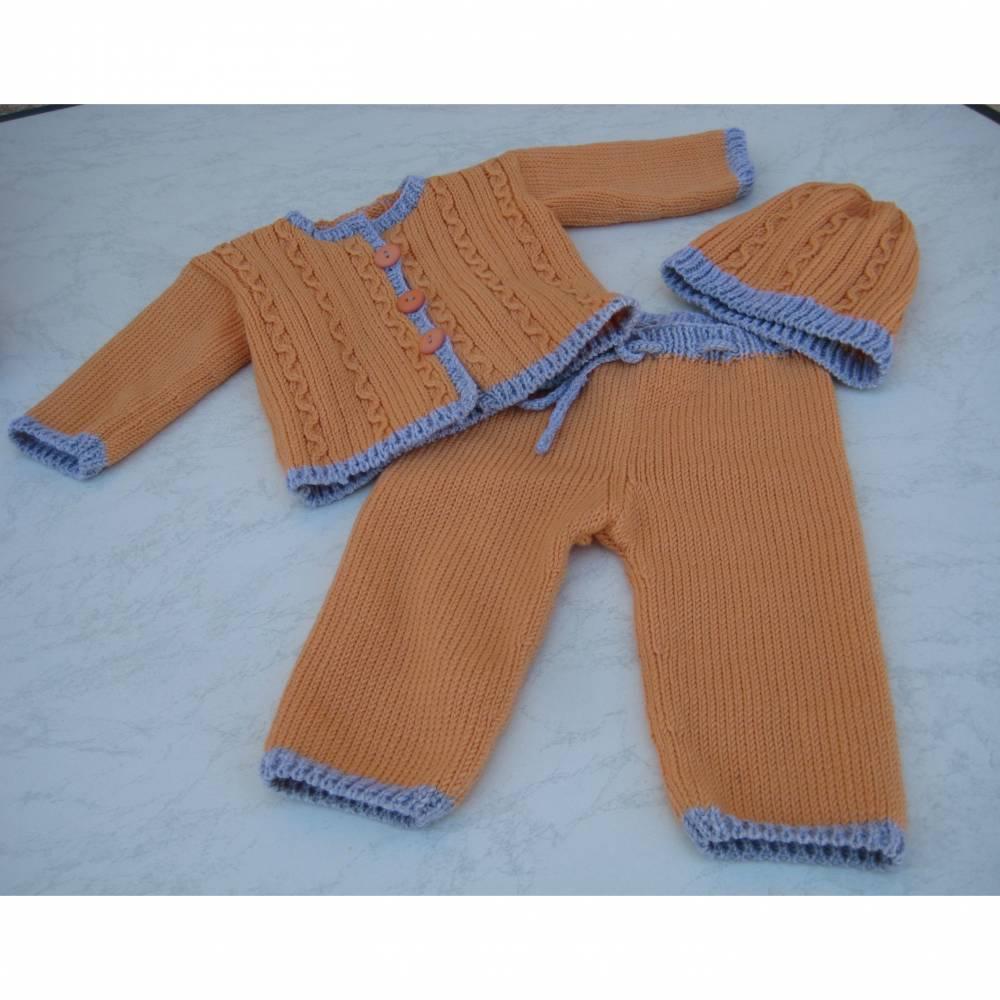 Babyjäckchen mit Hose und Mütze für Neugeborene Erstlingskleidung Größe 56 Bild 1