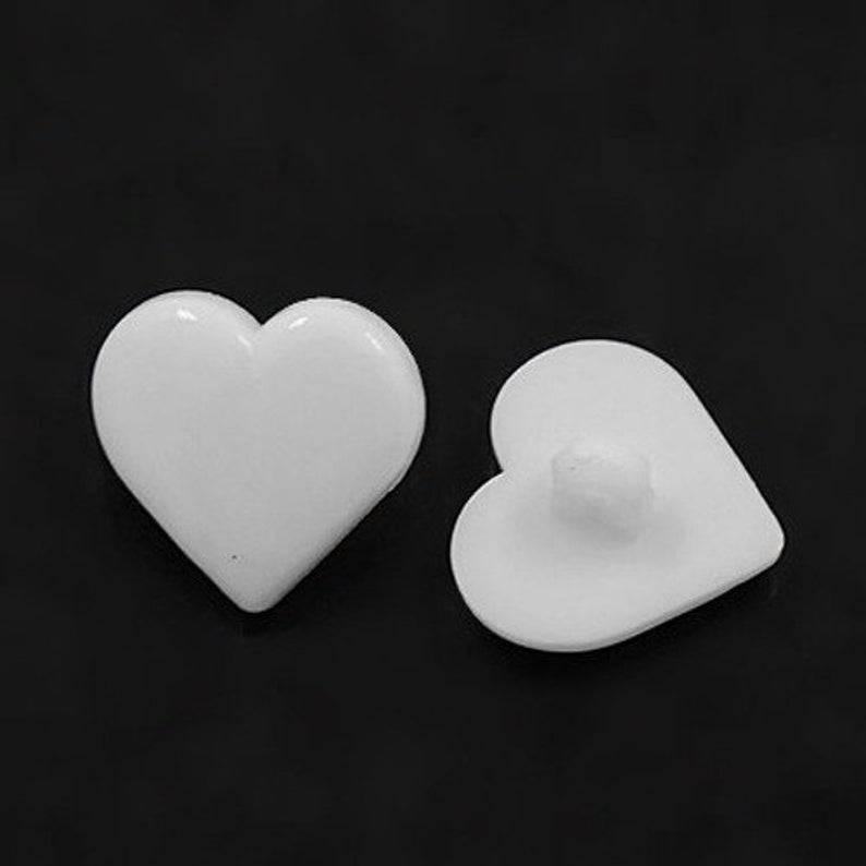 20 Herz-Knöpfe 12 mm weiß Acryl Bild 1