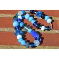 """""""Nemo"""" föhliche Glasperlenkette in Blautönen Bild 1"""