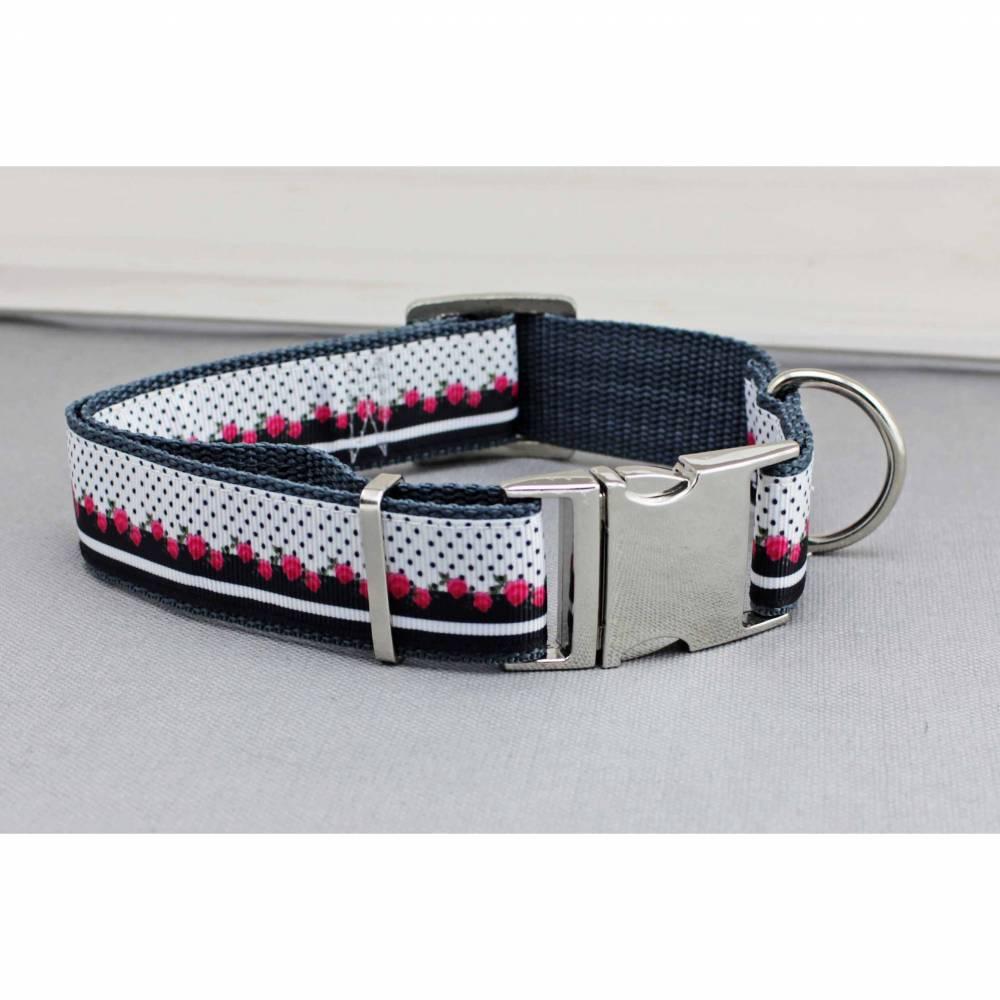 Hundehalsband mit Rosen, schwarz und rot, Gurtband in grau, boho, Blumen, geblümt, shabby, edel, Halsband, Hund, Haustier Bild 1