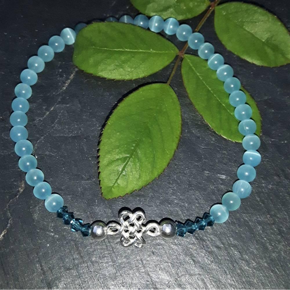 Hellblau/türkises Cateye-Perlenarmband mit keltischem Knoten aus 925 Silber Bild 1