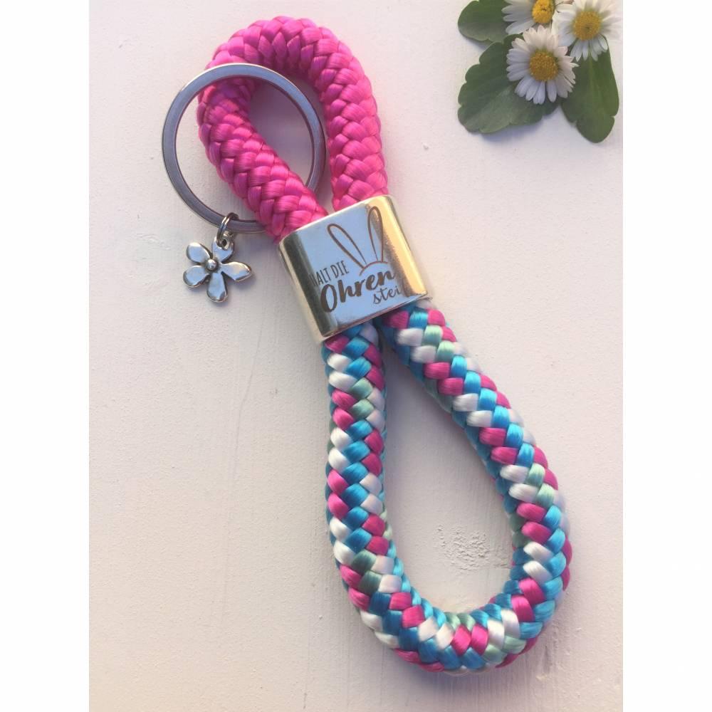 """Schlüsselanhänger aus Segelseil/Segeltau, Zwischenstück """"Halt die Ohren steif"""", pink/türkisblau/weiß, versilberte Blume am Schlüsselring Bild 1"""