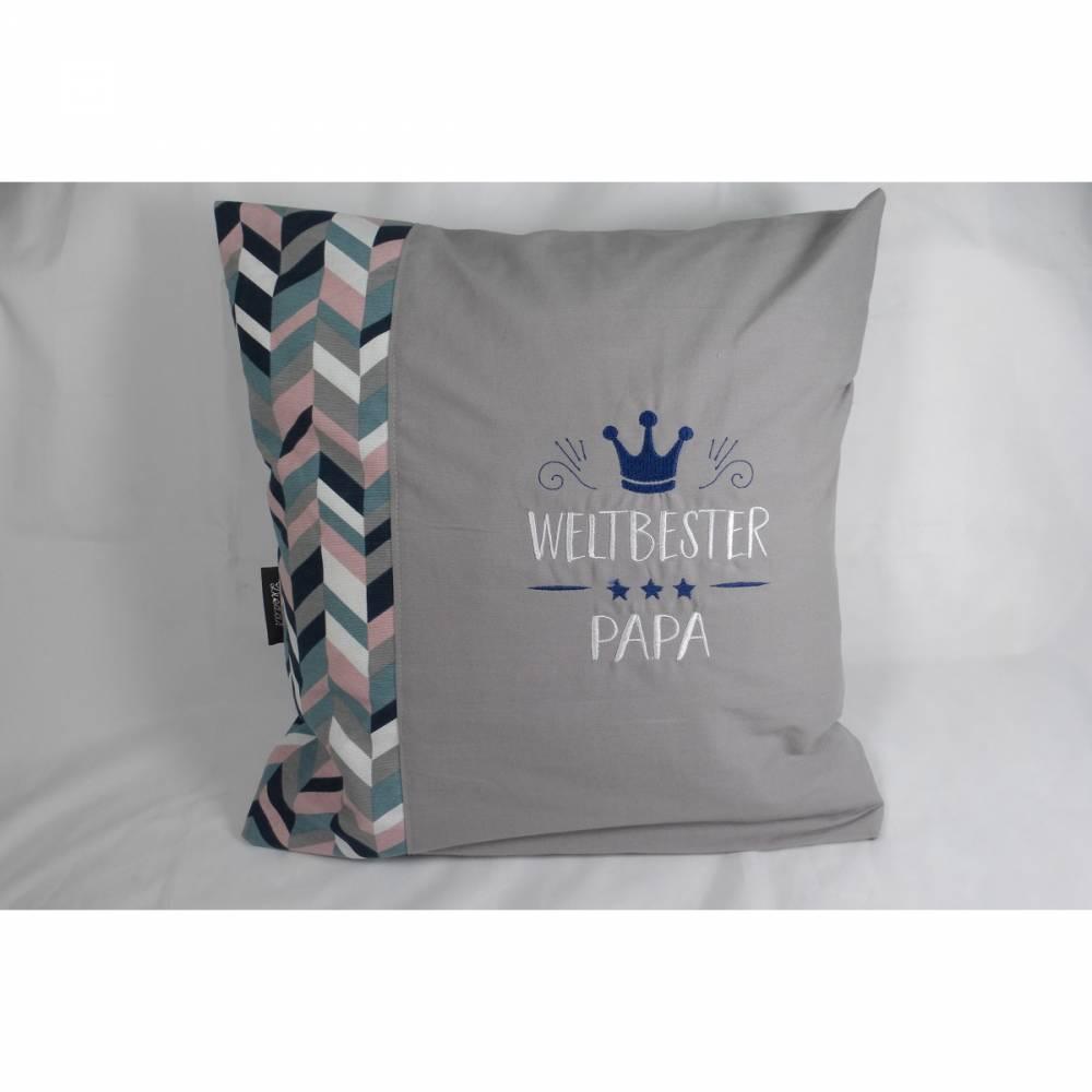 Kissen, Vatertag Geburtstag weltbester Papa bester grau Kissenbezug mit Federnkissen, 40 x 40 cm, bestickt, handgemacht von Dieda Bild 1